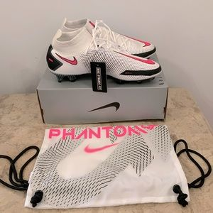 New Nike phantom elite soccer shoes